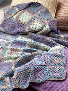 Blanket in Katia Bombay – free pattern (W69P16)